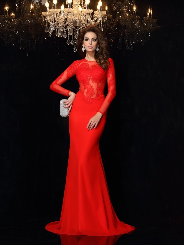 Sheath/Column Red Chiffon Court Train Dresses with Lace