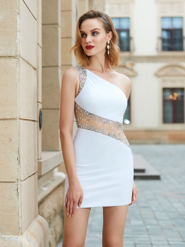 Sheath/Column White Net Short/Mini Homecoming Dresses with Beading