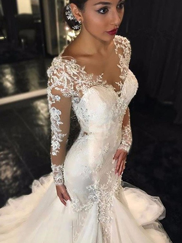 Trumpet/Mermaid Ivory Tulle Court Train Wedding Dresses with Lace