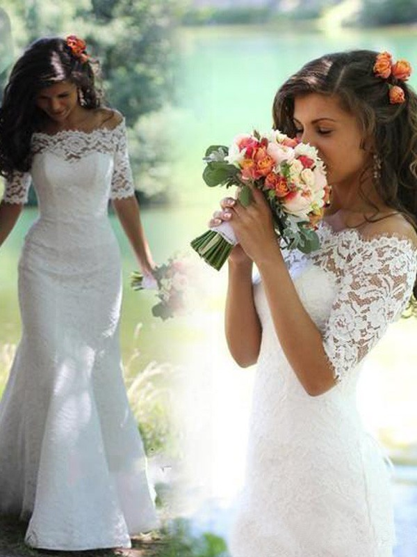 Trumpet/Mermaid White Lace Sweep/Brush Train Wedding Dresses with Lace