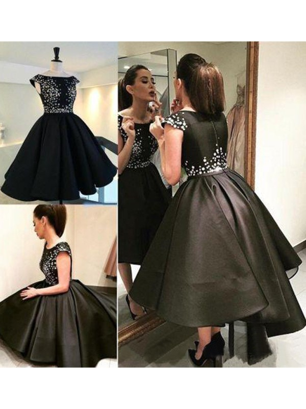 A-Line/Princess Black Satin Short/Mini Homecoming Dresses with Sequin