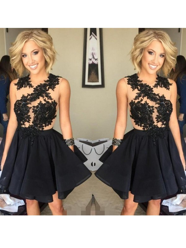 A-Line/Princess Black Chiffon Short/Mini Homecoming Dresses with Lace