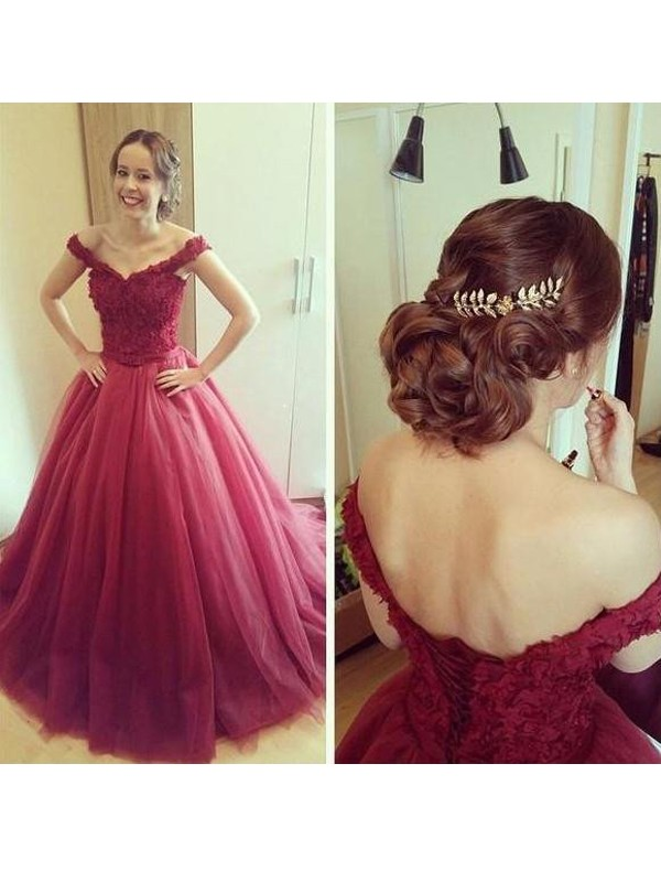 Ball Gown Burgundy Tulle Floor-Length Dresses with Applique