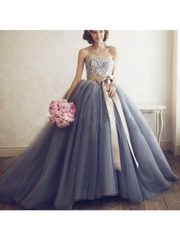Ball Gown Silver Tulle Floor-Length Dresses with Applique
