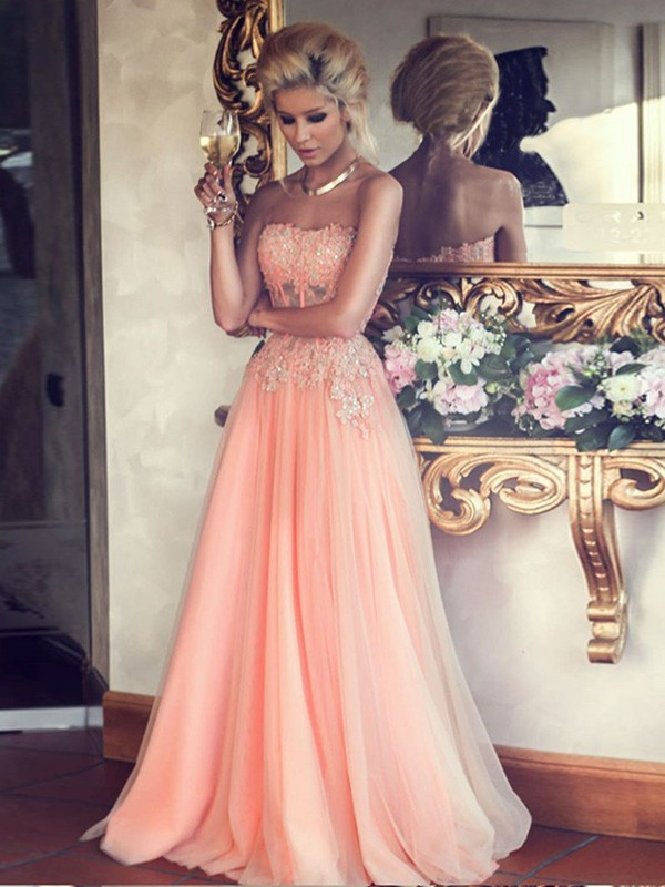 A-Line/Princess Pearl Pink Chiffon Floor-Length Dresses with Applique