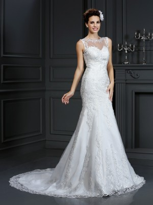 Sheath/Column Ivory Satin Court Train Wedding Dresses with Lace