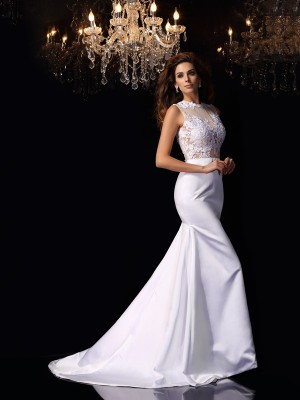 Trumpet/Mermaid White Satin Chapel Train Wedding Dresses with Applique