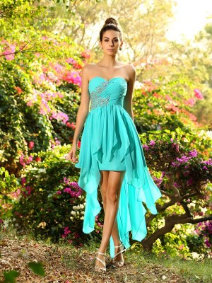 A-Line/Princess Blue Chiffon Asymmetrical Bridesmaid Dresses with Beading