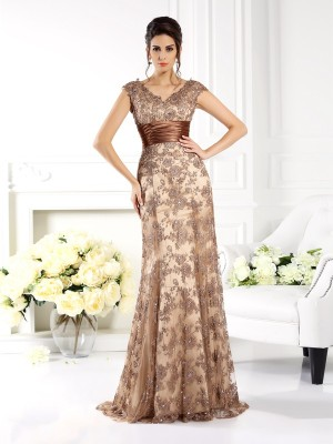 A-Line/Princess Champagne lace Sweep/Brush Train Mother Of The Bride Dresses with Ruffles