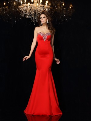 Sheath/Column Red Satin Court Train Dresses with Beading