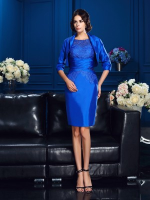 Sheath/Column Royal Blue Taffeta Short/Mini Mother Of The Bride Dresses with Applique