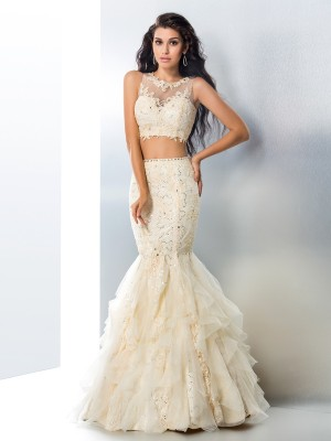 Trumpet/Mermaid Champagne Tulle Floor-Length Dresses with Beading