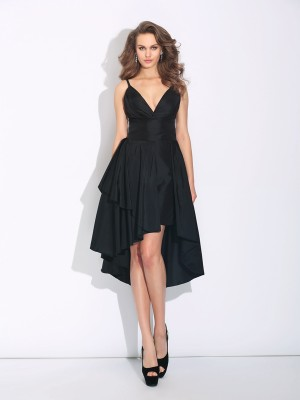A-Line/Princess Black Taffeta Asymmetrical Dresses with Ruffles