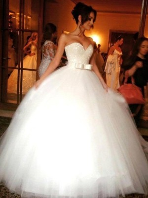 Ball Gown White Tulle Floor-Length Wedding Dresses with Bowknot
