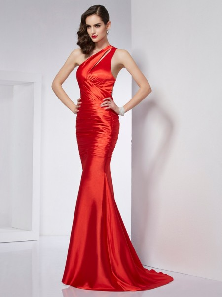 Sheath/Column Red Elastic Woven Satin Sweep/Brush Train Dresses with Beading