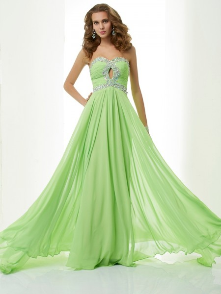 A-Line/Princess Green Chiffon Sweep/Brush Train Dresses with Beading