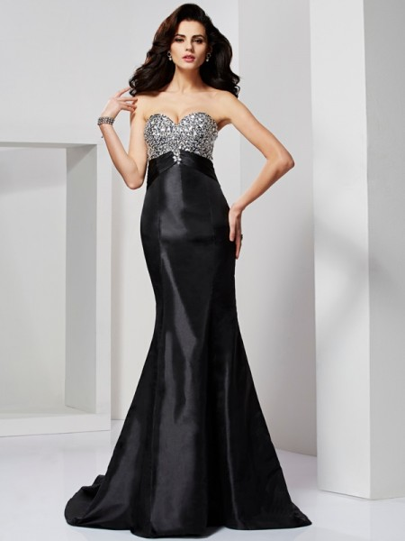 Trumpet/Mermaid Black Taffeta Sweep/Brush Train Dresses with Beading