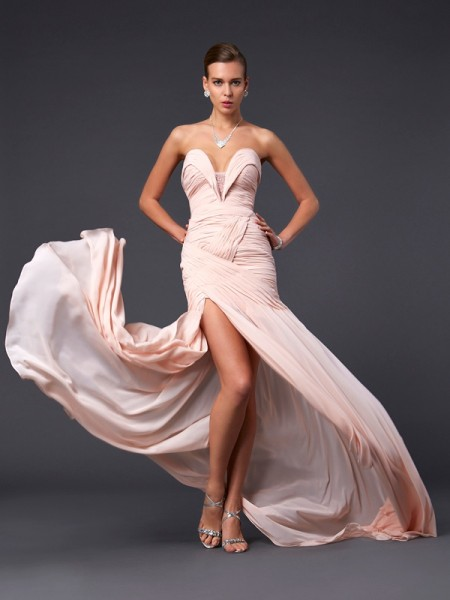 Sheath/Column Pearl Pink Chiffon Sweep/Brush Train Dresses with Pleats