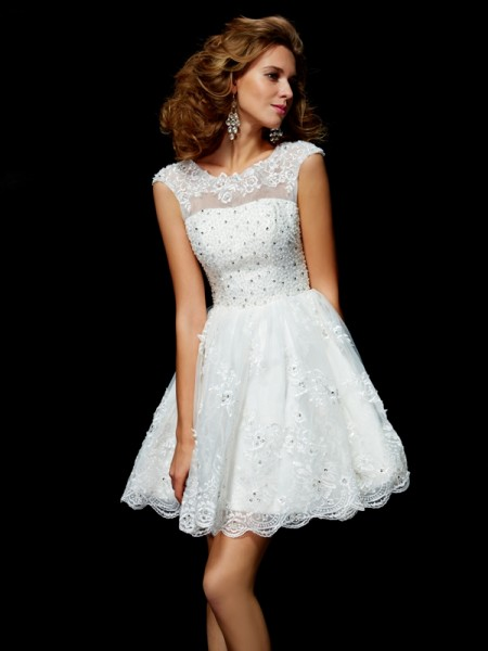 A-Line/Princess Ivory Organza Short/Mini Homecoming Dresses with Applique