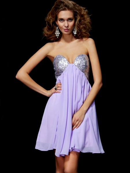 Sheath/Column Lilac Chiffon Short/Mini Homecoming Dresses with Lace