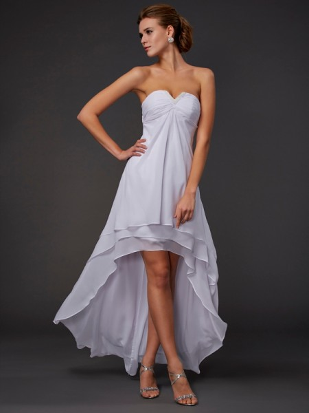 A-Line/Princess White Chiffon Asymmetrical Dresses with Ruffles