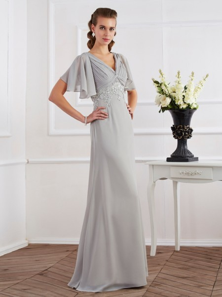 Sheath/Column Silver Chiffon Floor-Length Dresses with Beading