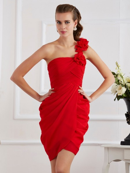 Sheath/Column Red Chiffon Short/Mini Homecoming Dresses with Hand-Made Flower