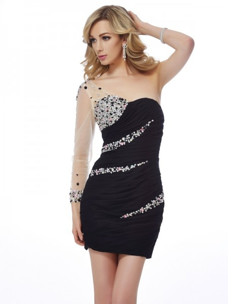 Sheath/Column Black Chiffon , Net Short/Mini Homecoming Dresses with Beading