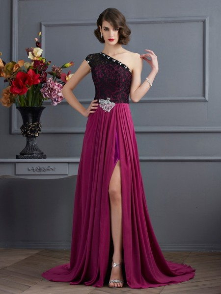 A-Line/Princess Fuchsia Chiffon Sweep/Brush Train Dresses with Lace