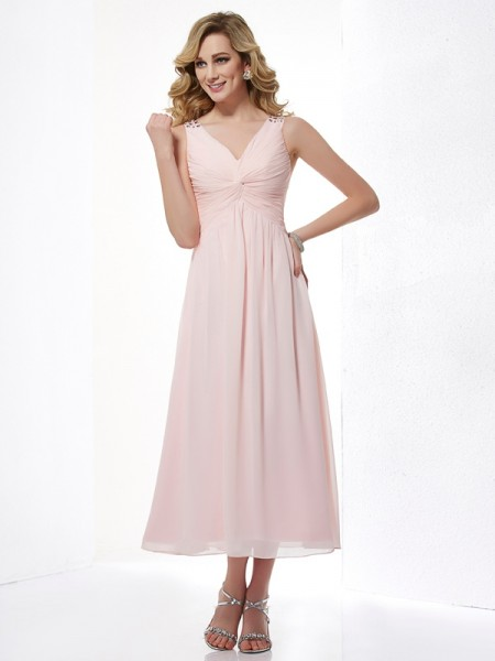 A-Line/Princess Pink Chiffon Tea-Length Dresses with Beading