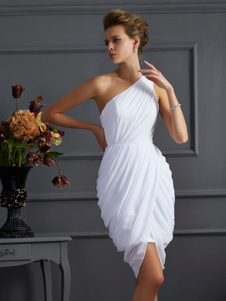 Sheath/Column White Chiffon Short/Mini Homecoming Dresses with Pleats