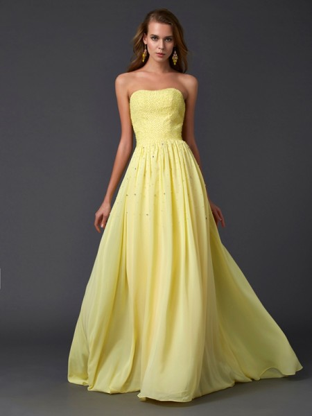 A-Line/Princess Daffodil Chiffon Sweep/Brush Train Dresses with Beading