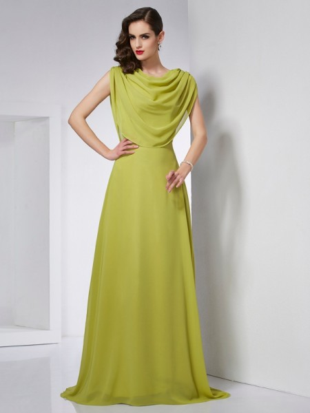 A-Line/Princess Green Chiffon Sweep/Brush Train Dresses with Pleats