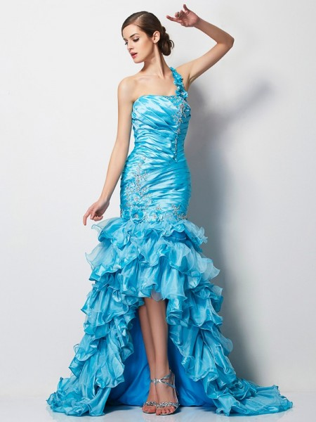 Trumpet/Mermaid Blue Taffeta Asymmetrical Dresses with Beading