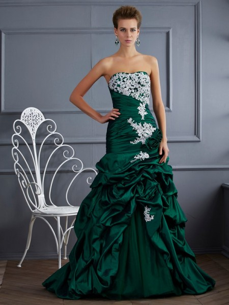 Ball Gown Dark Green Taffeta Sweep/Brush Train Dresses with Applique