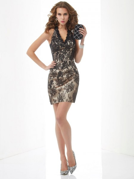 Sheath/Column Champagne Lace Short/Mini Homecoming Dresses with Lace
