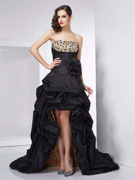 A-Line/Princess Black Taffeta Asymmetrical Dresses with Beading