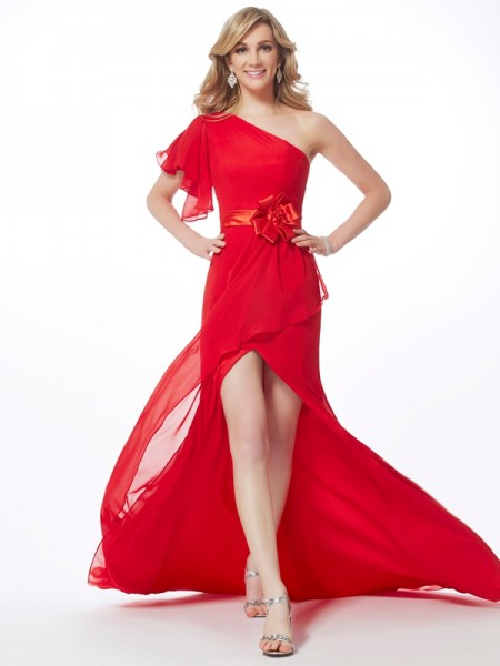 Trumpet/Mermaid Red Chiffon Sweep/Brush Train Dresses with Hand-Made Flower