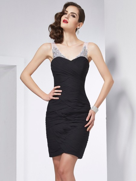 Sheath/Column Black Chiffon Short/Mini Homecoming Dresses with Beading
