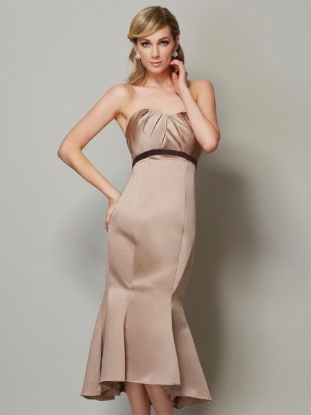 Sheath/Column Champagne Satin Tea-Length Dresses with Sash/Ribbon/Belt