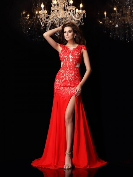 Trumpet/Mermaid Red Chiffon Sweep/Brush Train Dresses with Lace