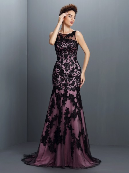 Trumpet/Mermaid Black Elastic Woven Satin Floor-Length Evening Dresses with Applique