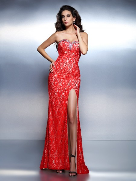 Trumpet/Mermaid Red Lace Floor-Length Dresses with Beading