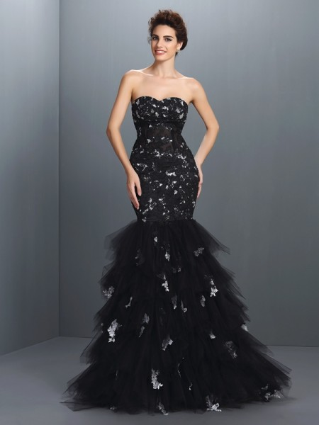 Trumpet/Mermaid Black Net Floor-Length Dresses with Paillette