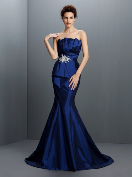 Trumpet/Mermaid Royal Blue Taffeta Sweep/Brush Train Evening Dresses with Beading