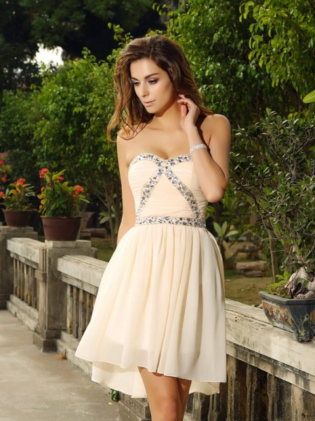A-Line/Princess Champagne Chiffon Short/Mini Homecoming Dresses with Beading