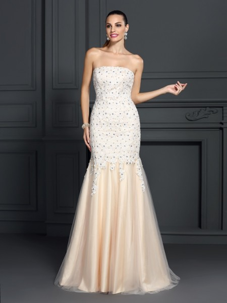Trumpet/Mermaid Champagne Satin Sweep/Brush Train Dresses with Lace