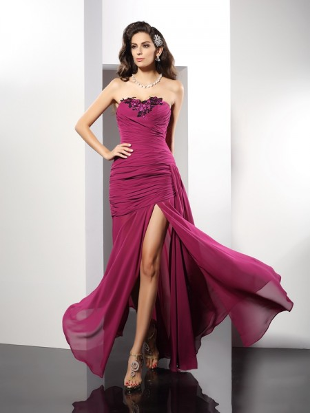 Sheath/Column Burgundy Chiffon Floor-Length Dresses with Beading