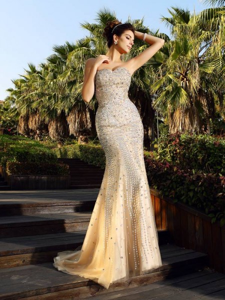 Trumpet/Mermaid Champagne Satin Court Train Dresses with Beading
