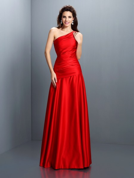 A-Line/Princess Red Satin Floor-Length Evening Dresses with Pleats